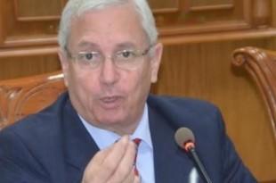 أحمد عبد الخالق وزير التعليم العالى