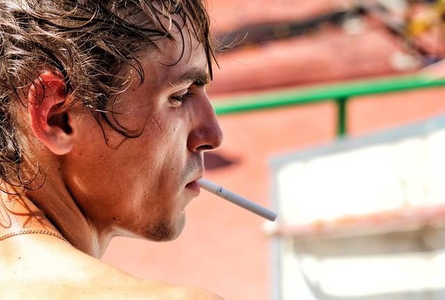 أضرار التدخين الاجتماعية