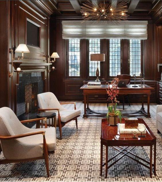 مكاتب خشبية كلاسيكية مميزة