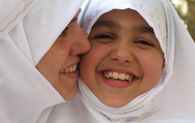 كم يبلغ عدد المسلمين فى لبنان
