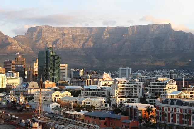 كيب تاون عاصمة جنوب افريقيا