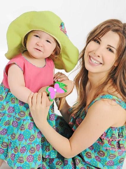 Nancy-Ajram-And-Her-Daughter-Mila-3